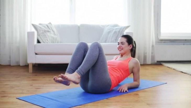 Evde Vücut Geliştirme Hareketleri İle Spor Nasıl Yapılır?
