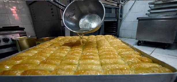 Glikoz şurubu ile yapılan baklava